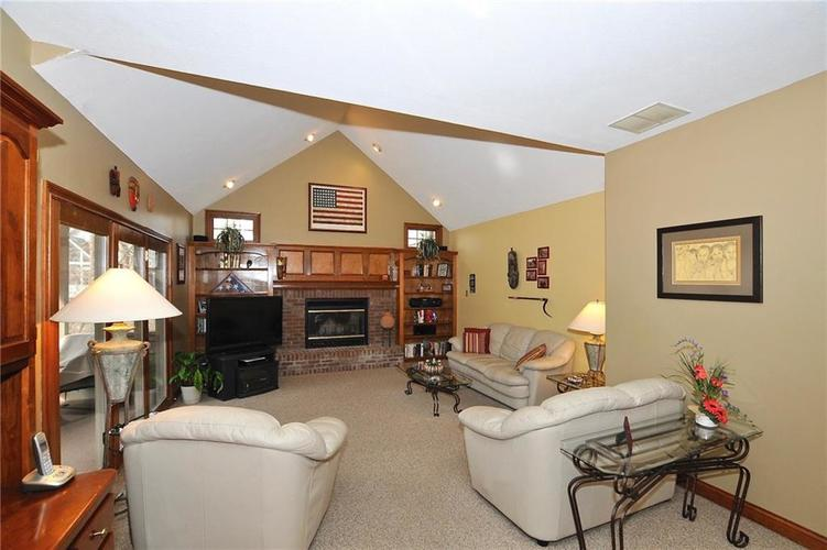 11363 Woods Bay Lane Indianapolis, IN 46236 | MLS 21629010 | photo 20