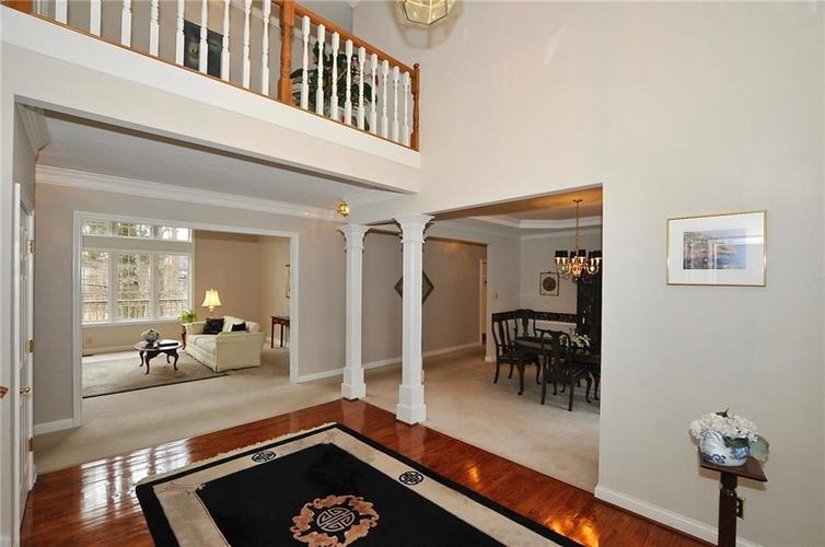 11363 Woods Bay Lane Indianapolis, IN 46236 | MLS 21629010 | photo 5