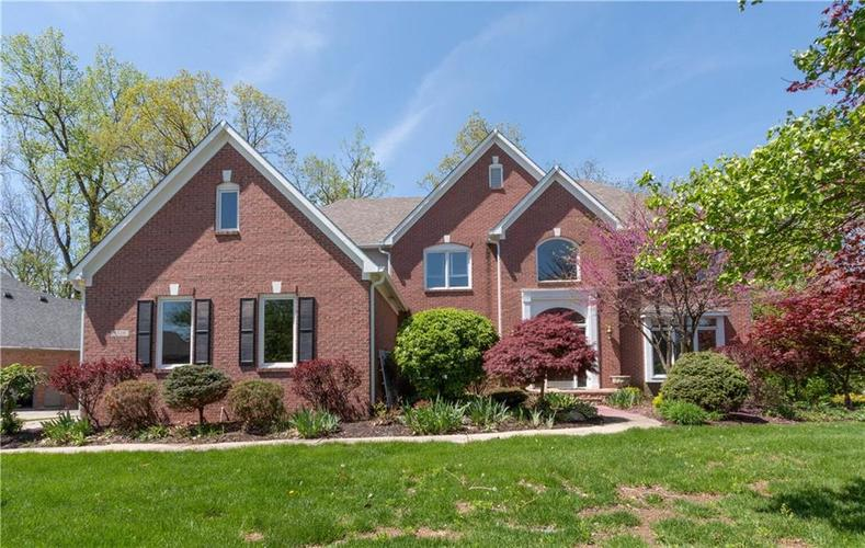 7320 ROYAL OAKLAND Drive Indianapolis, IN 46236 | MLS 21629034 | photo 1