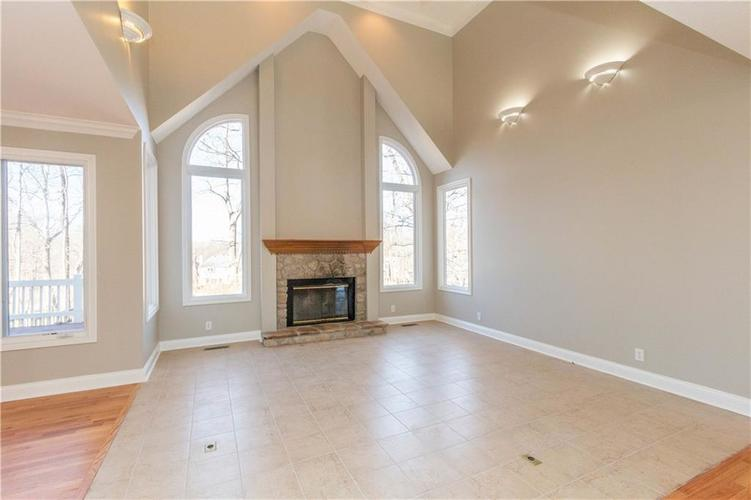 7320 ROYAL OAKLAND Drive Indianapolis, IN 46236 | MLS 21629034 | photo 7