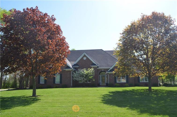 7587  Windridge Way Brownsburg, IN 46112 | MLS 21629088