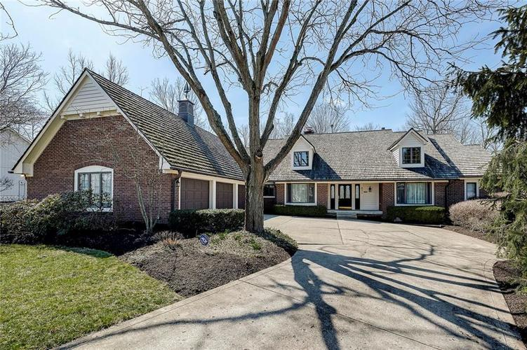 8219  Twin Pointe Circle Indianapolis, IN 46236 | MLS 21629170