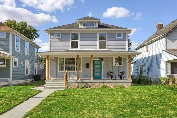 2020 Woodlawn Avenue Indianapolis IN 46203 | MLS 21629246 | photo 1