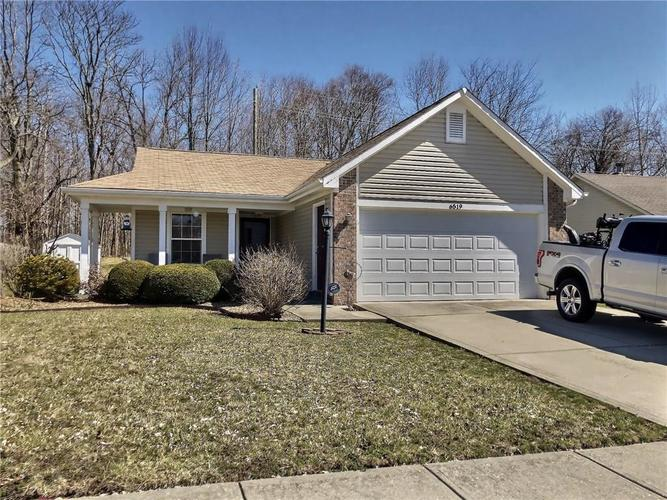 6519  DEVINNEY Drive Indianapolis, IN 46221 | MLS 21629254