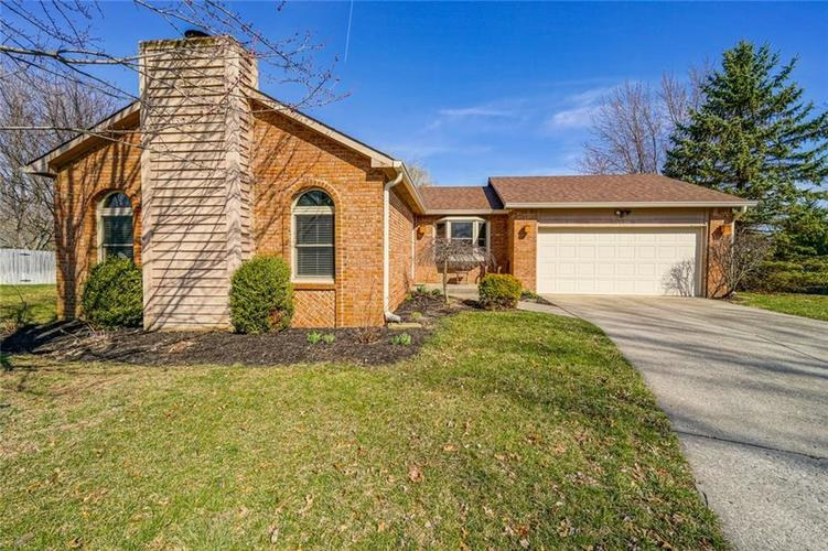 11516 OLD OAKLAND Circle Indianapolis, IN 46236   MLS 21629316   photo 1