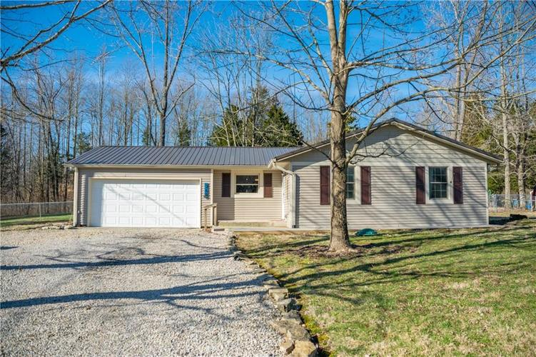 769 W Lakeview Drive Nineveh, IN 46164 | MLS 21629360