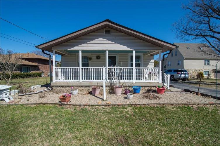 9534 E 25th Street Indianapolis, IN 46229   MLS 21629402