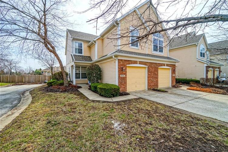 9555  Longwell Drive Indianapolis, IN 46240 | MLS 21629439