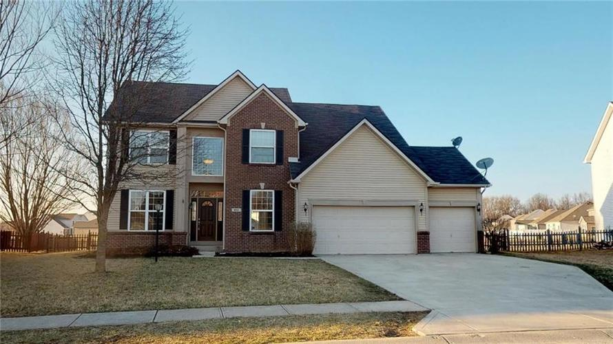 862 HARVEST LAKE Drive Brownsburg, IN 46112 | MLS 21629471 | photo 1