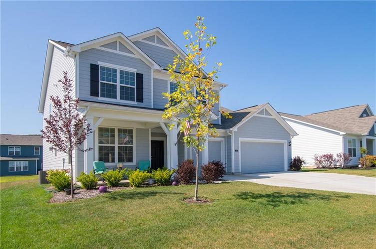 5553 Pennycress Drive Noblesville, IN 46062 | MLS 21629633 | photo 2