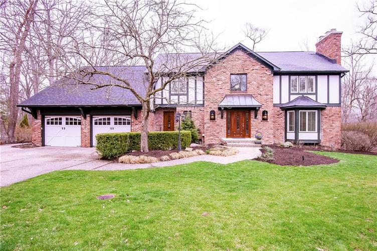 1055  PARK Place Zionsville, IN 46077   MLS 21629664