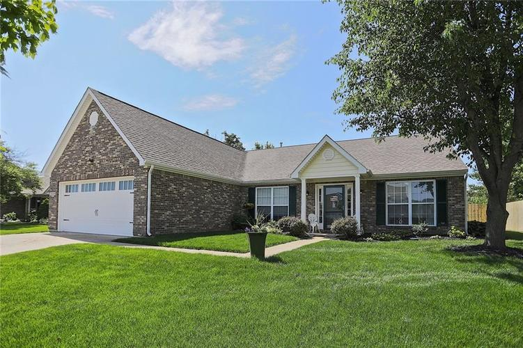 10229 Ironway Drive Indianapolis, IN 46239   MLS 21629724   photo 1