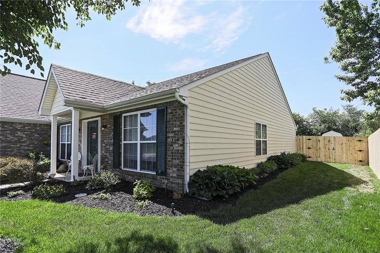 10229 Ironway Drive Indianapolis, IN 46239   MLS 21629724   photo 3