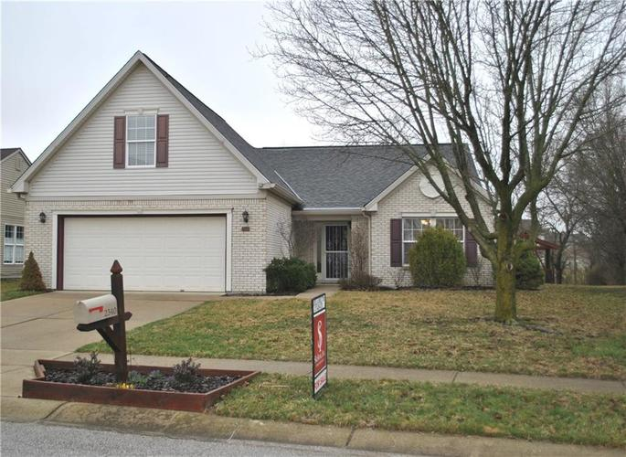 2340  Willowview Drive Indianapolis, IN 46239 | MLS 21629734