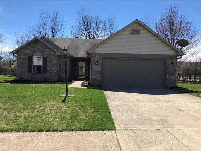 5757  Woodcote Drive Indianapolis, IN 46221 | MLS 21629789