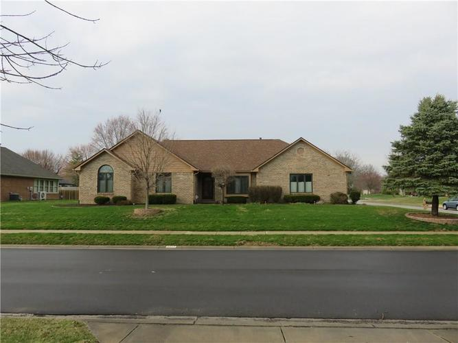8622 Lockwood Place Indianapolis, IN 46217 | MLS 21629876 | photo 1