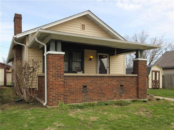 240 W Columbus Street Martinsville, IN 46151 | MLS 21629963 | photo 1