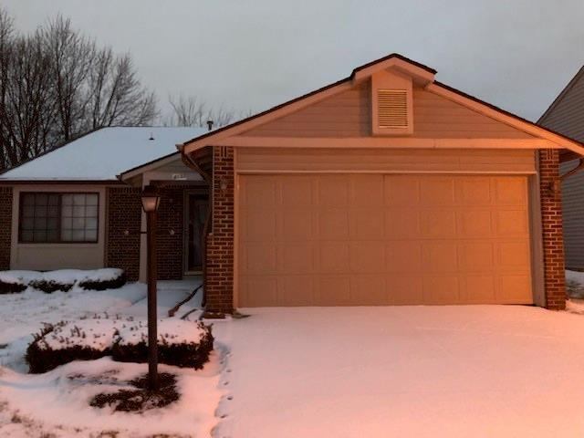 4132 Luxembourg Circle E Indianapolis, IN 46228 | MLS 21630002 | photo 1