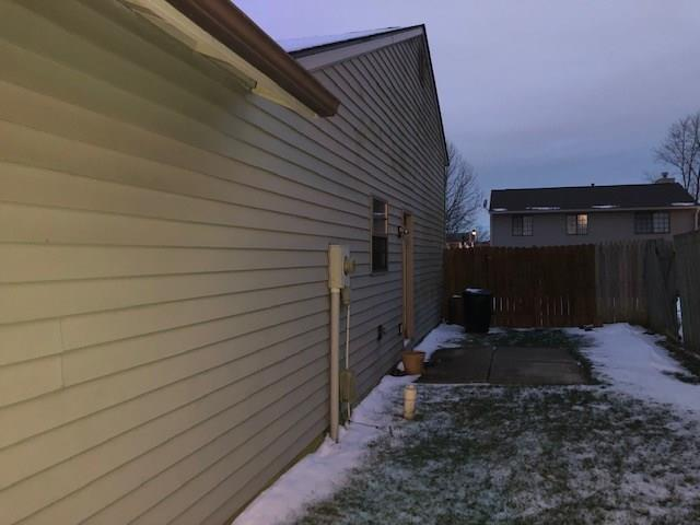 4132 Luxembourg Circle E Indianapolis, IN 46228   MLS 21630002   photo 1
