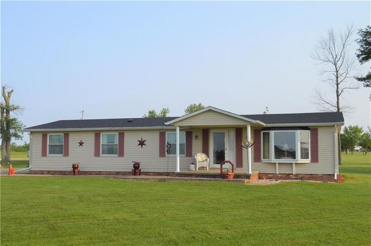 1488 W County Road 300 N Osgood, IN 47037 | MLS 21630135 | photo 1
