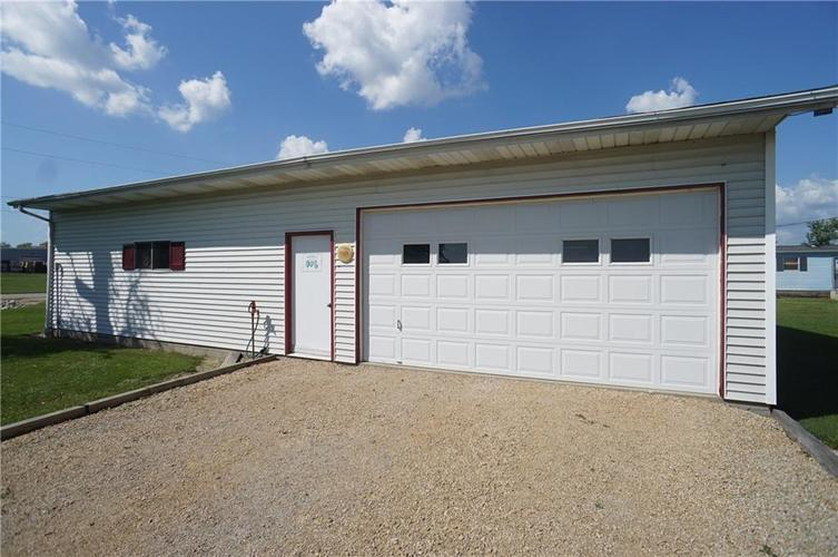1488 W County Road 300 N Osgood, IN 47037 | MLS 21630135 | photo 5