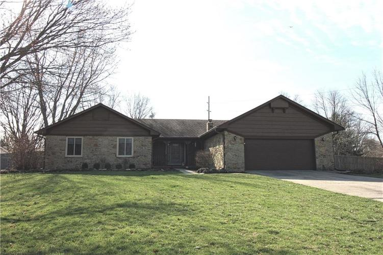 823  Ashbourne Court Greenwood, IN 46142 | MLS 21630169