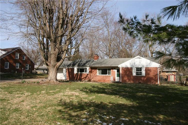 216 EDGEWOOD Drive Anderson, IN 46011 | MLS 21630204 | photo 1