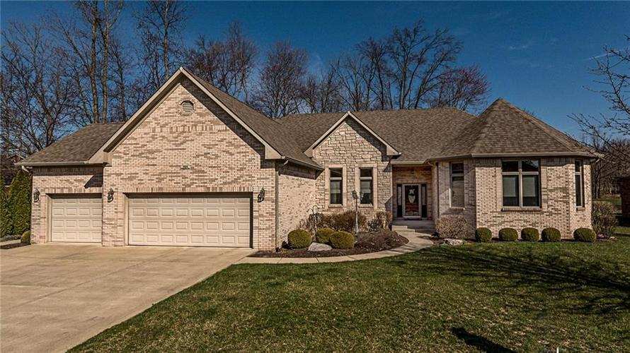 5834 Peaking Fox Drive Indianapolis, IN 46237 | MLS 21630229 | photo 1