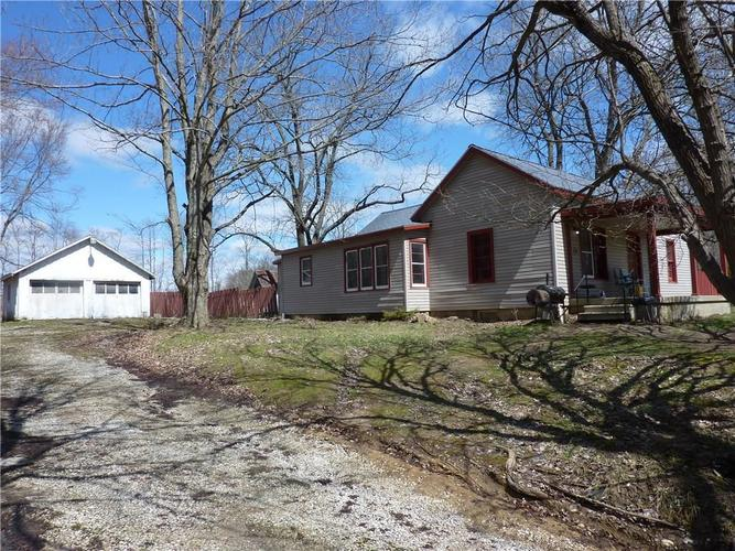8123 W County Road 1000  Reelsville, IN 46171 | MLS 21630246