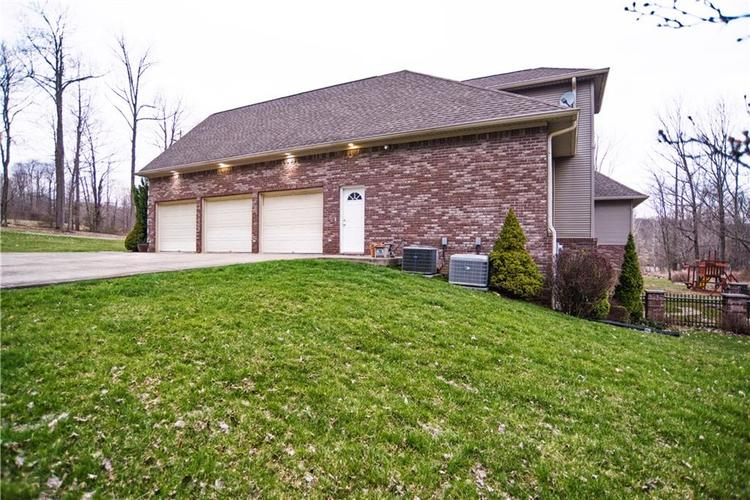 3379 N Pine Song Drive Martinsville, IN 46151 | MLS 21630258 | photo 32