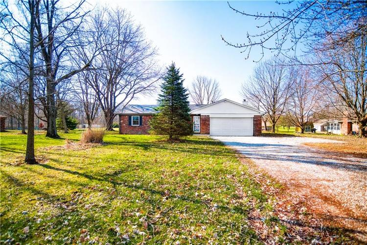 6077 E Neitzel Road Mooresville, IN 46158 | MLS 21630428