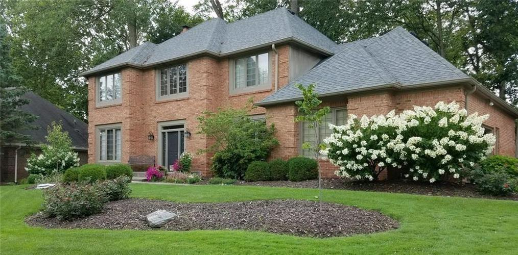 7310  ROYAL OAKLAND Drive Indianapolis, IN 46236 | MLS 21630429
