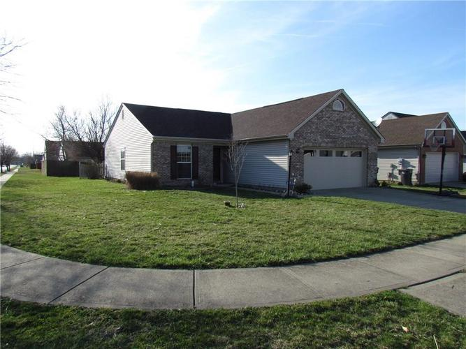 8440  ARMISTEAD Lane Indianapolis, IN 46227 | MLS 21630441