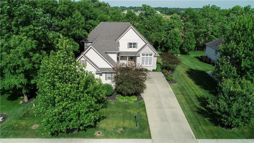 16505  Oak Manor Drive Westfield, IN 46074 | MLS 21630471