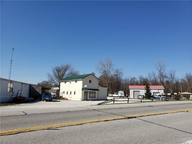 1614 W State Road 46 Greensburg, IN 47240   MLS 21630538   photo 2