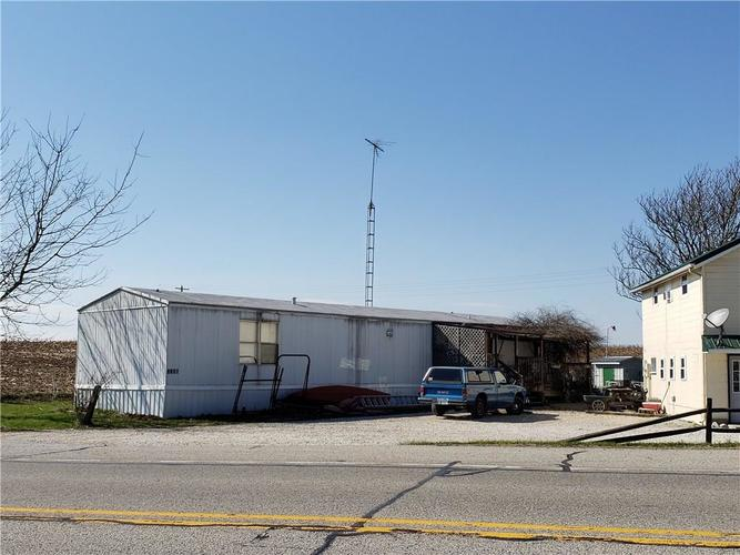 1614 W State Road 46 Greensburg, IN 47240   MLS 21630538   photo 3
