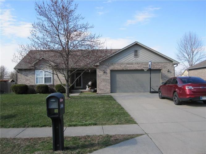 4870 W Stonehaven Lane New Palestine, IN 46163 | MLS 21630542