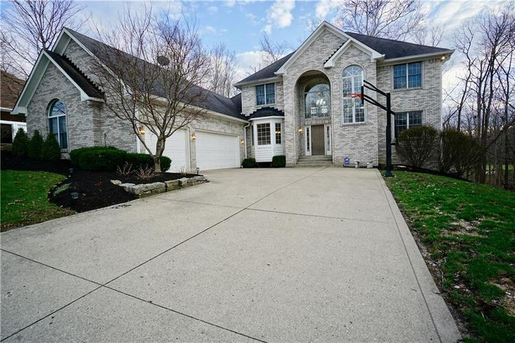 6512  Royal Oakland Place Indianapolis, IN 46236 | MLS 21630543