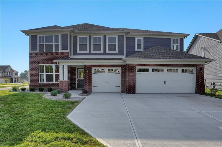 6907 Collisi Place Brownsburg, IN 46112 | MLS 21630703 | photo 2