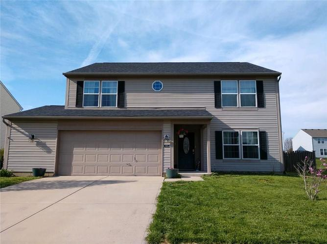 1914  Abbey Lane Danville, IN 46122 | MLS 21630743