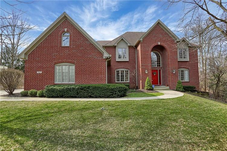 12041 Emerald Bluff Indianapolis, IN 46236 | MLS 21630912 | photo 1
