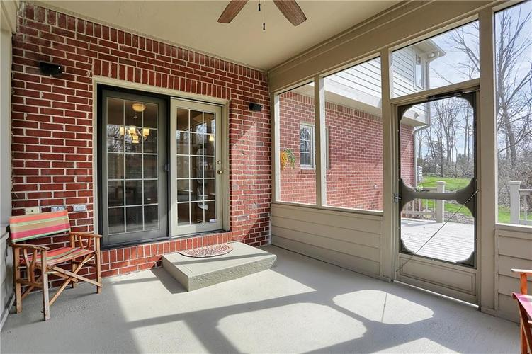 12041 Emerald Bluff Indianapolis, IN 46236 | MLS 21630912 | photo 12