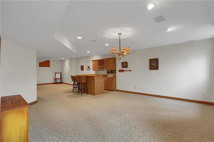 12041 Emerald Bluff Indianapolis, IN 46236 | MLS 21630912 | photo 34