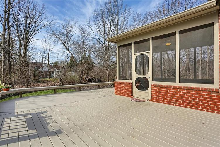 12041 Emerald Bluff Indianapolis, IN 46236 | MLS 21630912 | photo 38