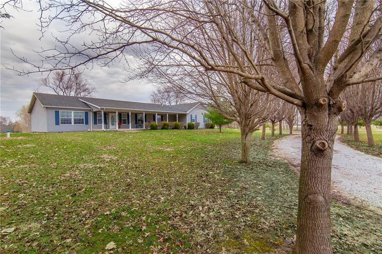 578 E 1550 Road Summitville, IN 46070 | MLS 21630915