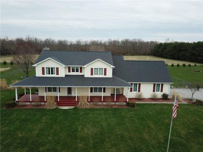 1468 W County Road 300  Danville, IN 46122 | MLS 21630931