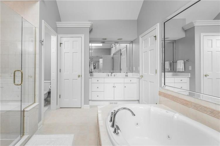 8845 OTTER COVE Circle Indianapolis, IN 46236 | MLS 21630941 | photo 22