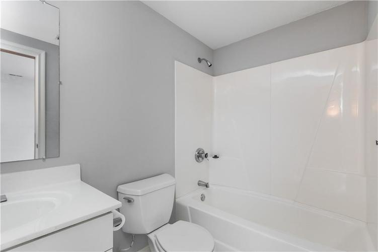 8845 OTTER COVE Circle Indianapolis, IN 46236 | MLS 21630941 | photo 25