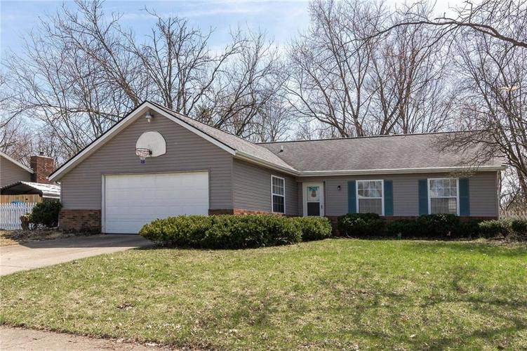 5823  Lakeland Drive Indianapolis, IN 46220 | MLS 21630942