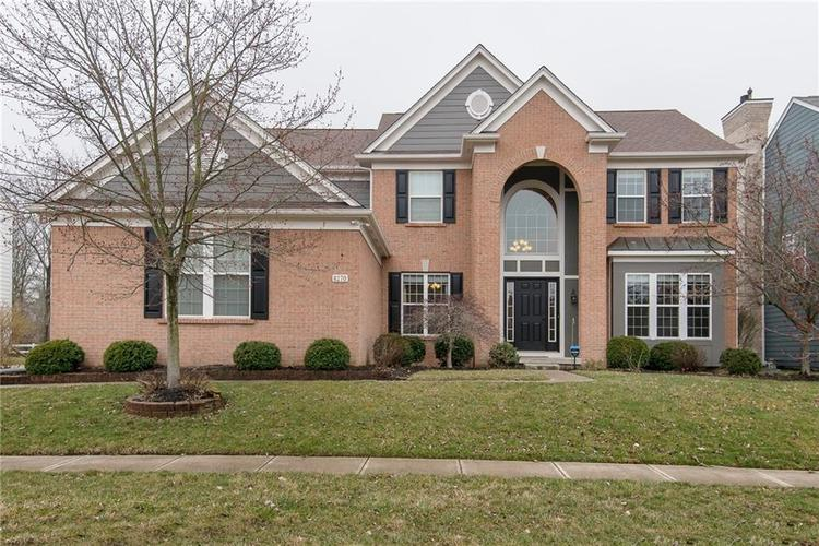 8270  CLOVERDALE Way Indianapolis, IN 46256 | MLS 21630973